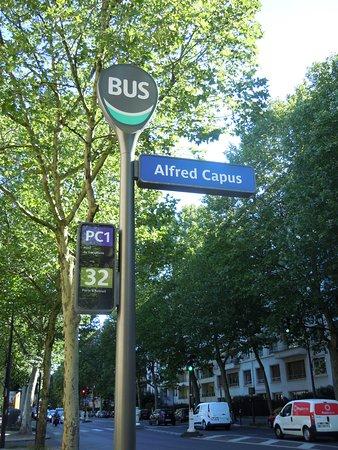 Square Alfred Capus