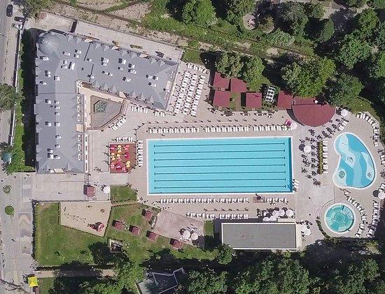 Bankya, Bulgária: Complex (from drone)