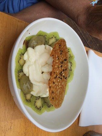 ALAÏA: Carpaccio de kiwi