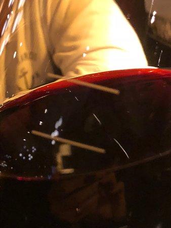 Bâton Rouge Steakhouse & Bar: boas opções de vinho