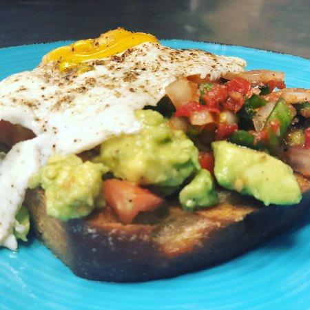 Iron Tree Restaurant,Bakery & Brewery: Avocado Toast