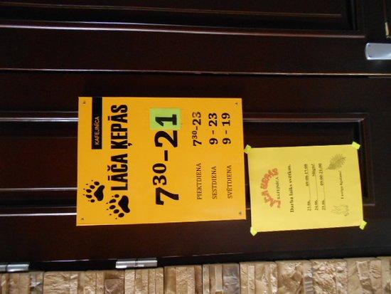 Balvi, Latvia: Hotellrestaurangens öppettider.