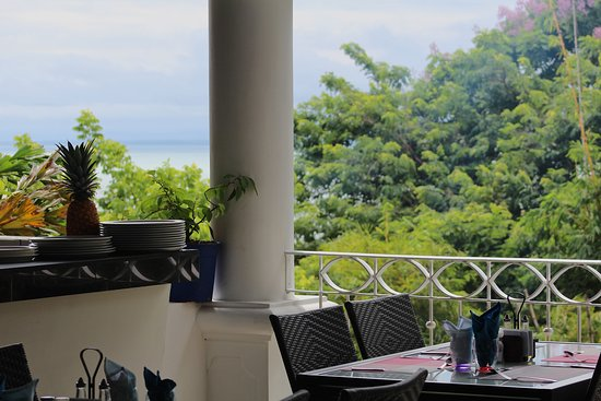 Shana By The Beach, Hotel Residence & Spa: Ocean view from restaurant
