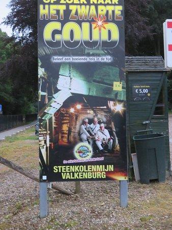 Coalmine Valkenburg: Stoepbord het zwarte Goud