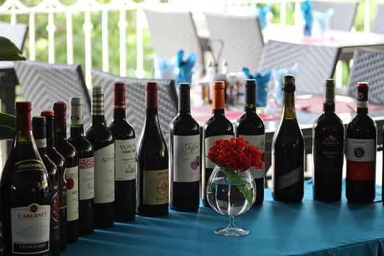 Bella Vista Restaurant Manuel Antonio: Wine Selection