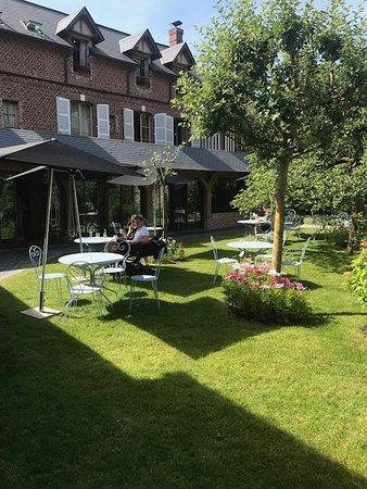 Auberge de la Source - Hotel de Charme: Sublime extérieur