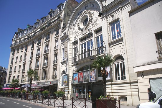 Cinema Royal Palace