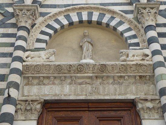 San Giovanni Fuoricivitas: Cartoline da Pistoia, Italia