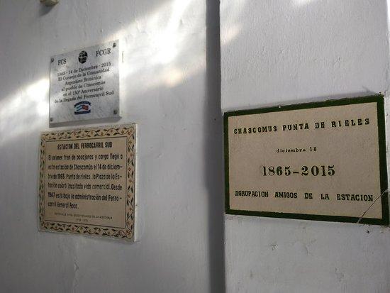 Estacion de Ferrocarril: Placas conmemorativas
