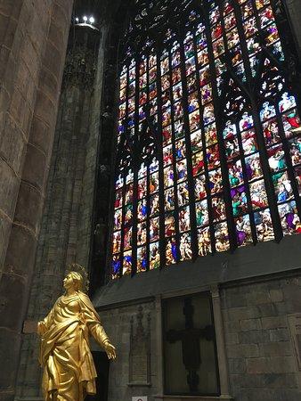 Duomo di Milano: Vitraux
