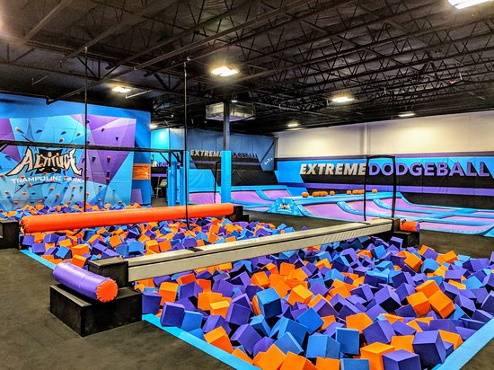 Spokane Valley, WA: 16 Attractions!  Everything from trampolines to foam pits!  Also has Laser Maze on Trampolines!
