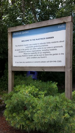 Delta, Canada: Welcome Sign to the Garden adjoining 112 St & 78a Ave