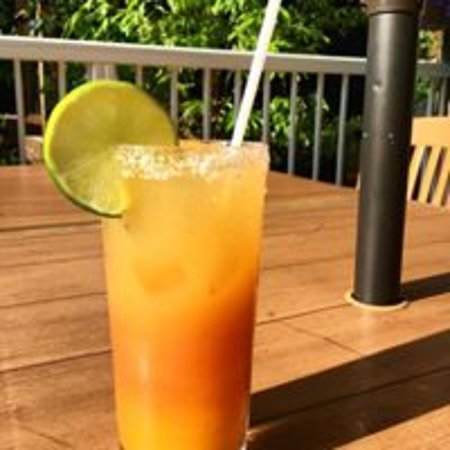 Cottage Bistro: Mango Pineapple Margarita