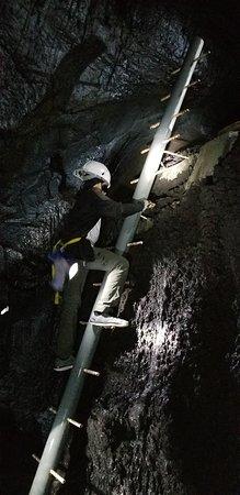 Kazumura Cave Tours: 12 year old braving the ladder
