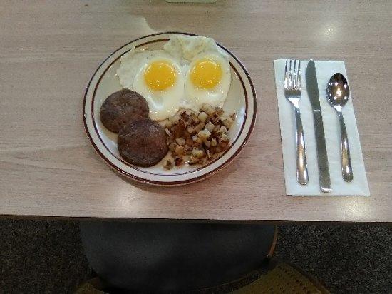 Carolina Delights Restaurant: Breakfast