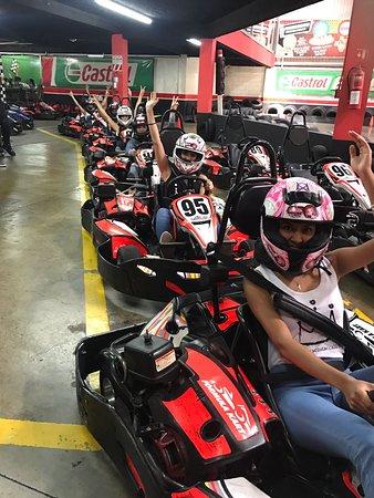 Formula Kart ,Indoor Karting CR: noche de chicas lunes 2x1