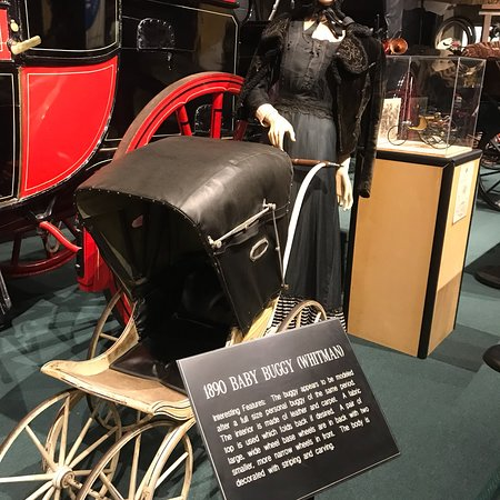 The Car and Carriage Caravan Museum: photo2.jpg