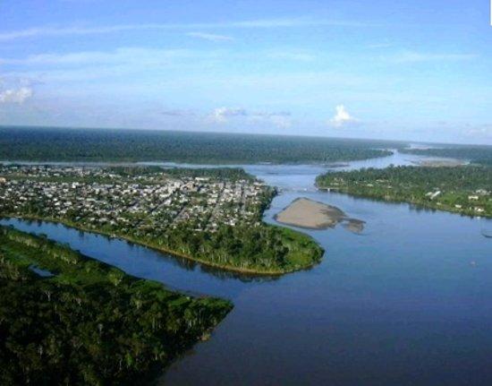 Gran Hostal Paraiso Amazonico: CRUCE DE LOS TRES RIOS
