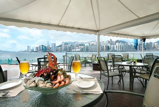 Harbour Grand Kowloon: Waterfront Bar & Terrace