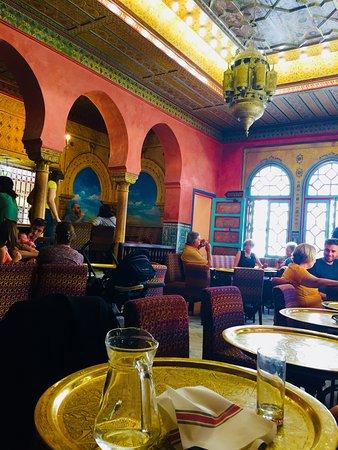 La Mosquee de Paris -  Aux Portes de l'Orient: The restaurant...