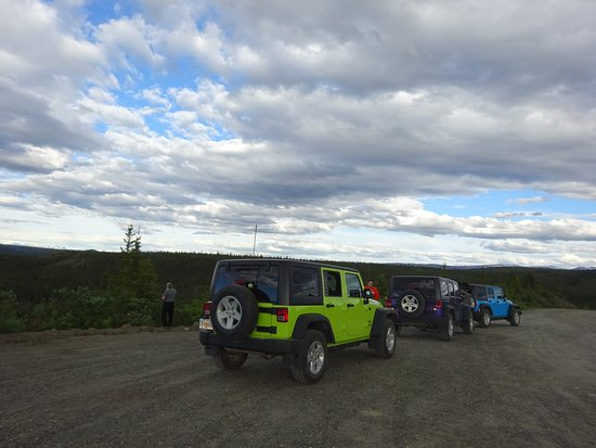 Denali Highway Jeep Excursion: The jeeps