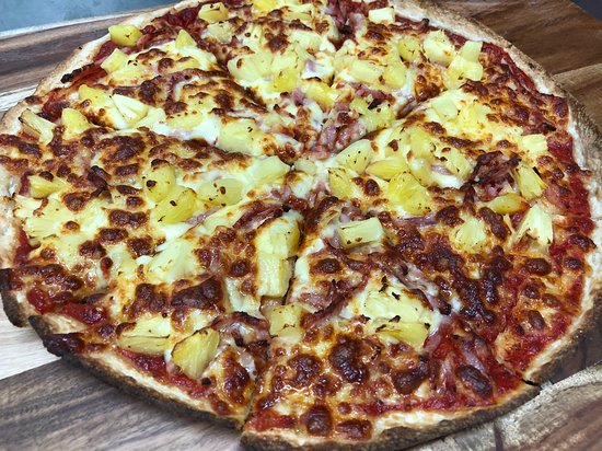 The Pizza Place: Our Hawaiian pizza