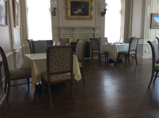 Mansions On Fifth Hotel: Breakfast Room