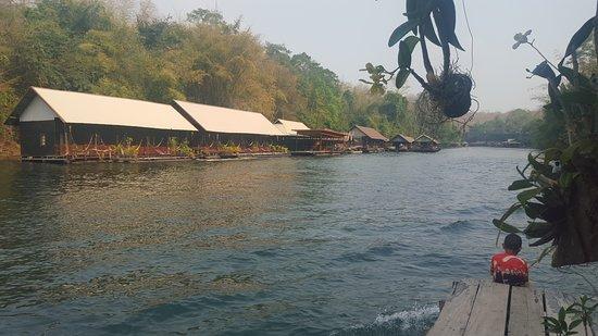 River Kwai: แพข้างทาง