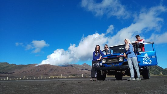 OURTRIP1st - Day Tours: 4 wheel drive jeep at Bromo