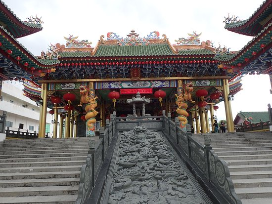 Miri, Malaysia: walking into the temple, you will see this path towards the main lobby for chanting