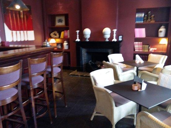 Hotel Montanus: Endroit bar détente superbe