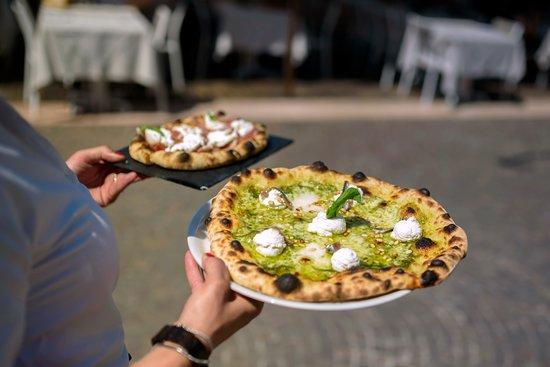 Ristorante Pizzeria del Porto : Pizza e schiacciata
