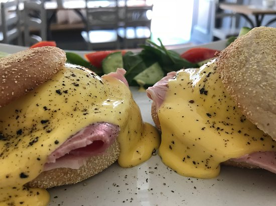 Westbury Cafe: egg....citing