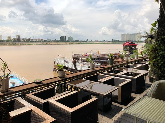 Tonle Sapの眺め