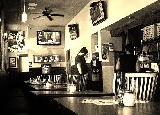 Schmizza Pub & Grub: A view of the west end of the Pub