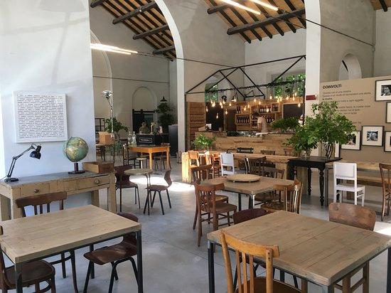 arredi di riuso - Picture of La Polveriera, Reggio Emilia ...
