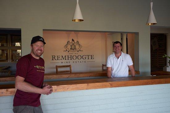 Remhoogte Wine Estate: Brand Ambassador Diaan van Zyl with winemaker Chris Boustred