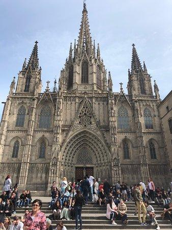 Barcelona Cathedral: L'ingresso