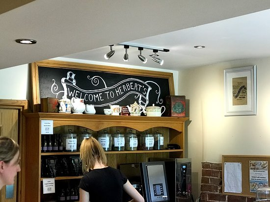 Herbert's Fine English Tearooms: Where you order your food
