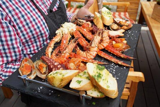 Male Versailles: Sea Food