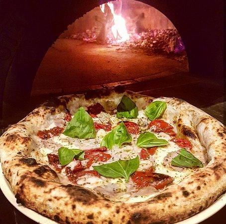 ristorante ristorante pizzeria da lello in pescara con cucina italiana. Black Bedroom Furniture Sets. Home Design Ideas
