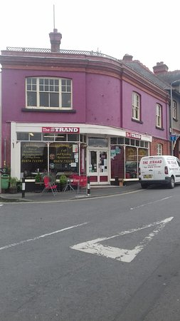 Talgarth, UK: The Strand from outside. Looks like they do catering too.