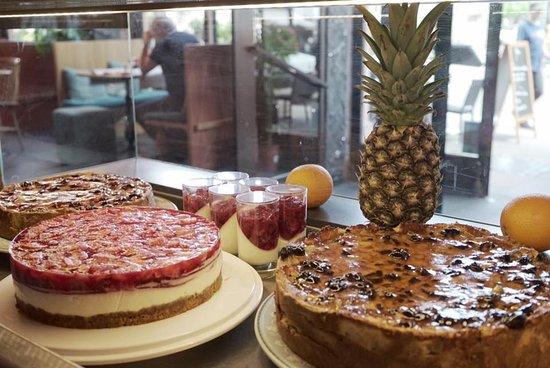 Raven Cafe: Mieux ne vaut pas être privé de dessert aujourd'hui !