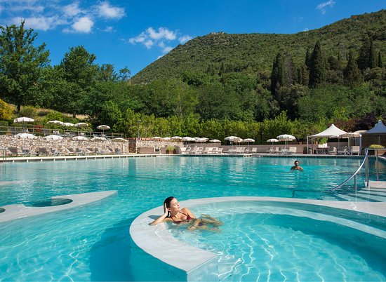Monsummano Terme, Italie : The Thermal Pool - Piscina termale Naturale