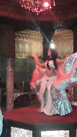Dar Essalam: Oriental dance
