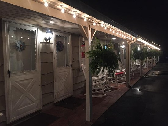 Alpine Village Inn : Outside view at night.