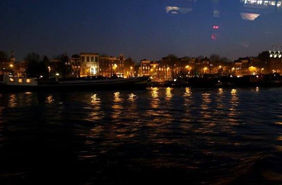Amsterdam Canal Cruises: Lindo