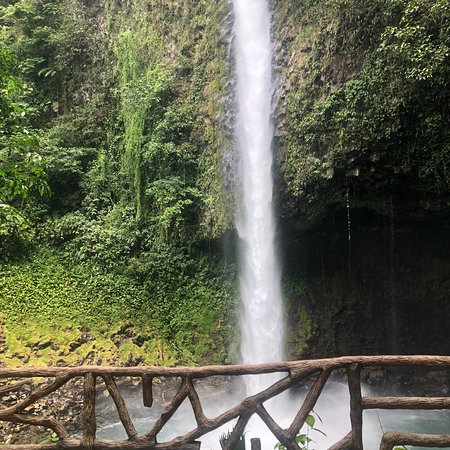 Zdjęcie Hanging Bridges, La Fortuna Waterfall, Typical lunch and Arenal Volcano Hike