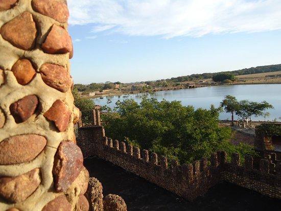 Hotel Fazenda Lago Ideia Molhada: Vista interna do Castelo dos Leões