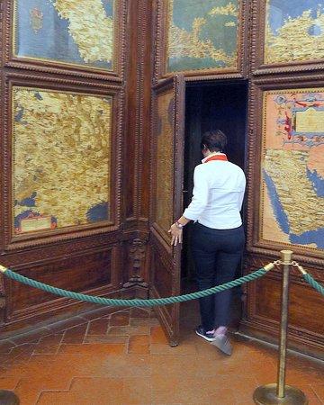 Mus.e Firenze: アルメニアの秘密の扉